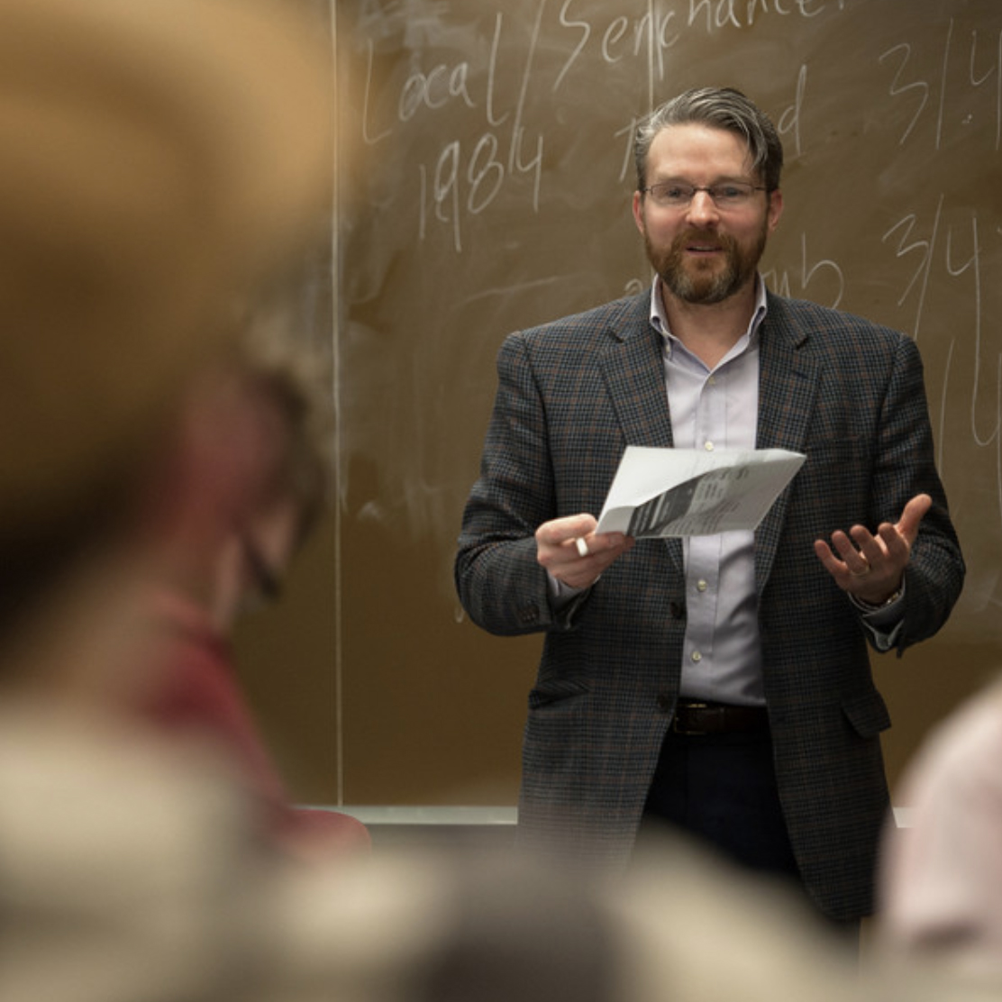 Eric S. Murphy teaching a Psychology of Learning Class